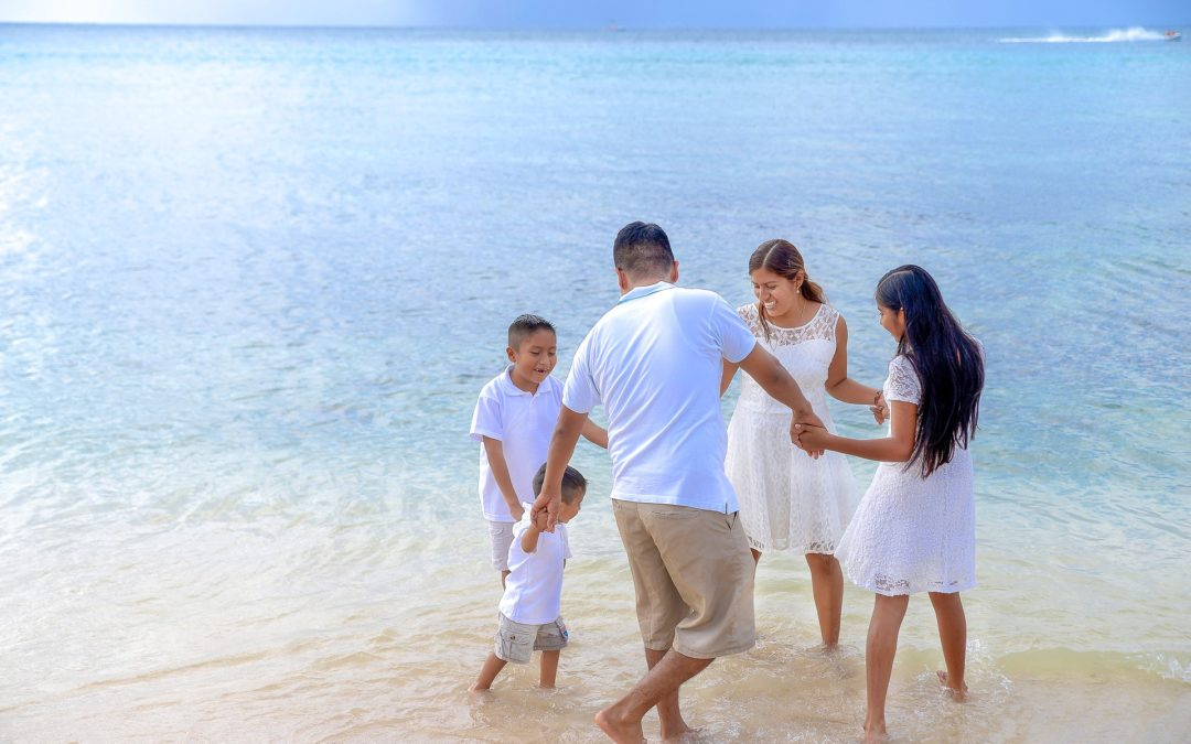 8 Reasons Why You Should Travel with Your Family